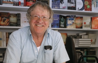 Author Ian Gibson